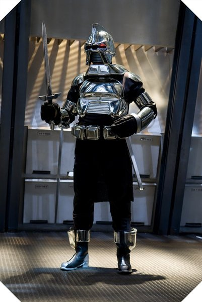 & Kropserkel: Cylon Centurion Armor Costume
